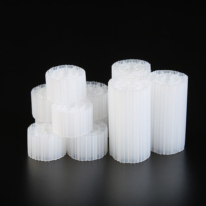 35mm X 18mm Size Virgin HDPE Material MBBR Bio Media PE07 For Aquariums